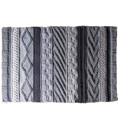 Ręcznie dziergany dywanik z wzorem 75 x 135 cm