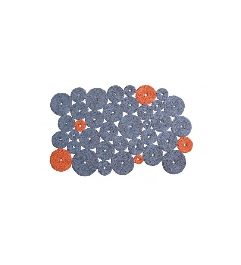 Asymetryczny dywan dziergany 110 x 170 cm