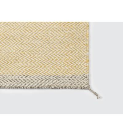 Dywan wełniany PLY Muuto - żółty / kilka wielkości