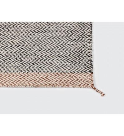 Dywan wełniany PLY Muuto - czarno-biały / kilka wielkości