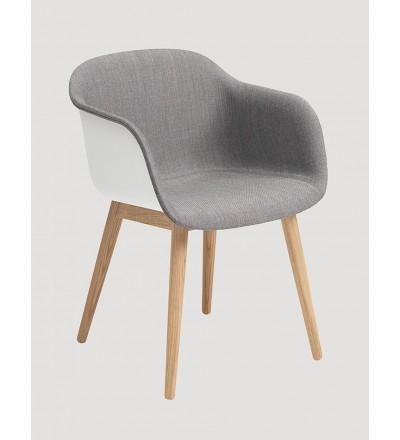 Fotel tapicerowany na drewnianej podstawie Fiber Armchair FRONT Wood Base Muuto - różne kolory