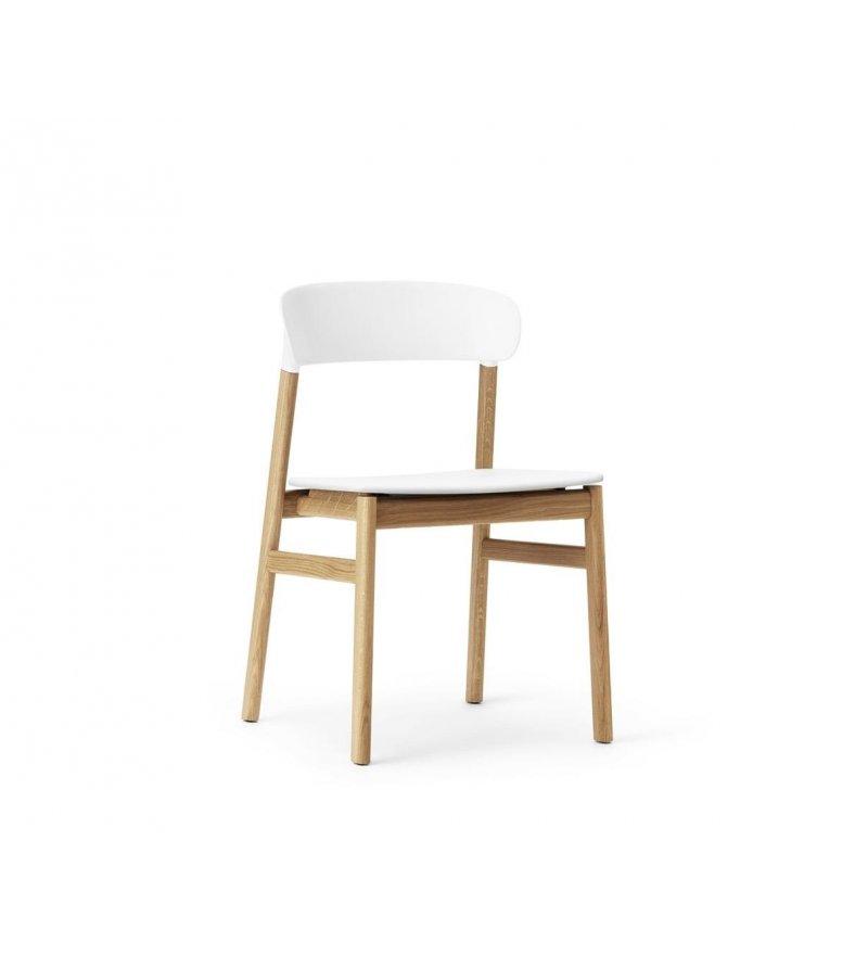 Krzesło HERIT CHAIR Normann Copenhagen - dębowe nogi, różne kolory siedziska