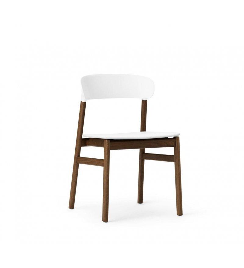 Krzesło HERIT CHAIR Normann Copenhagen - nogi w kolorze przydymionego dębu, różne kolory siedziska