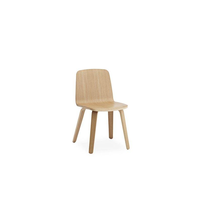 Krzesło JUST CHAIR od Normann Copenhagen - dębowe, 2 wersje kolorystyczne