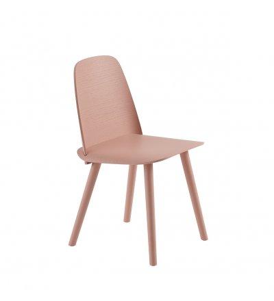 Krzesło drewniane NERD Muuto - tan rose