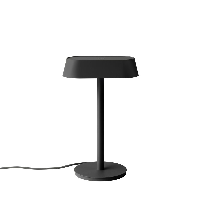 Lampa biurkowa Linear Lamp Muuto - czarna