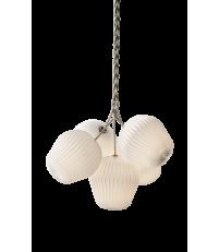 Lampa wisząca THE BOUQUET LE KLINT - rozmiar M, 5 plisowanych kloszy z tworzywa
