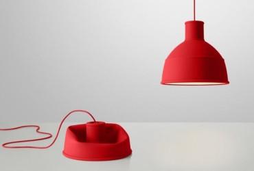 lampa-z-silikonu-unfold-muuto-rozne-kolory_czerwony