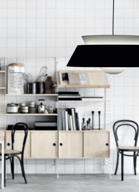 Lampa Cuna w czerni, Vita Copenhagen, Pufa Design