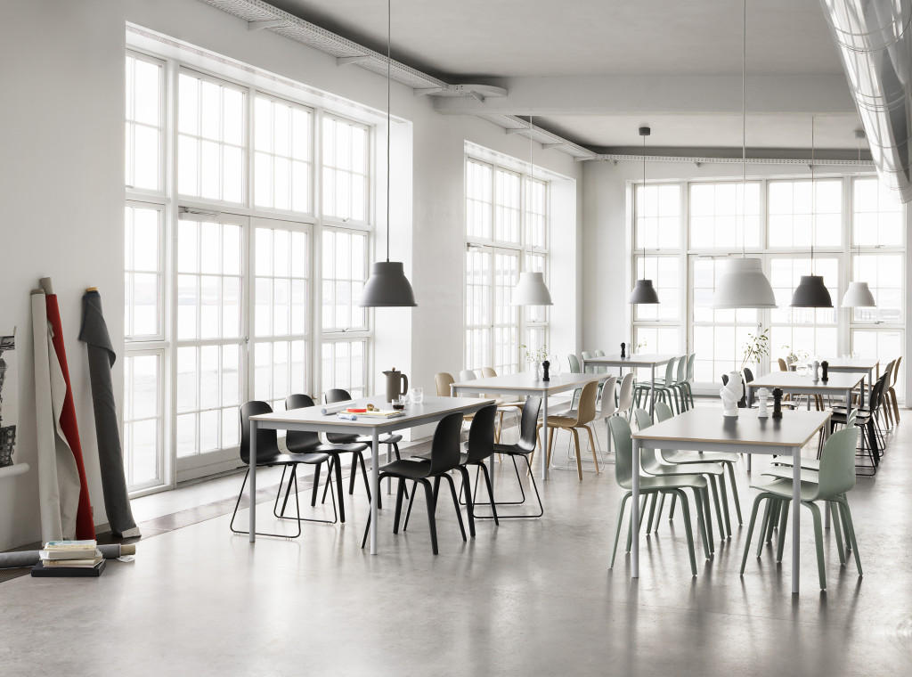 Lampa_studio_aranzacja_pufa_design