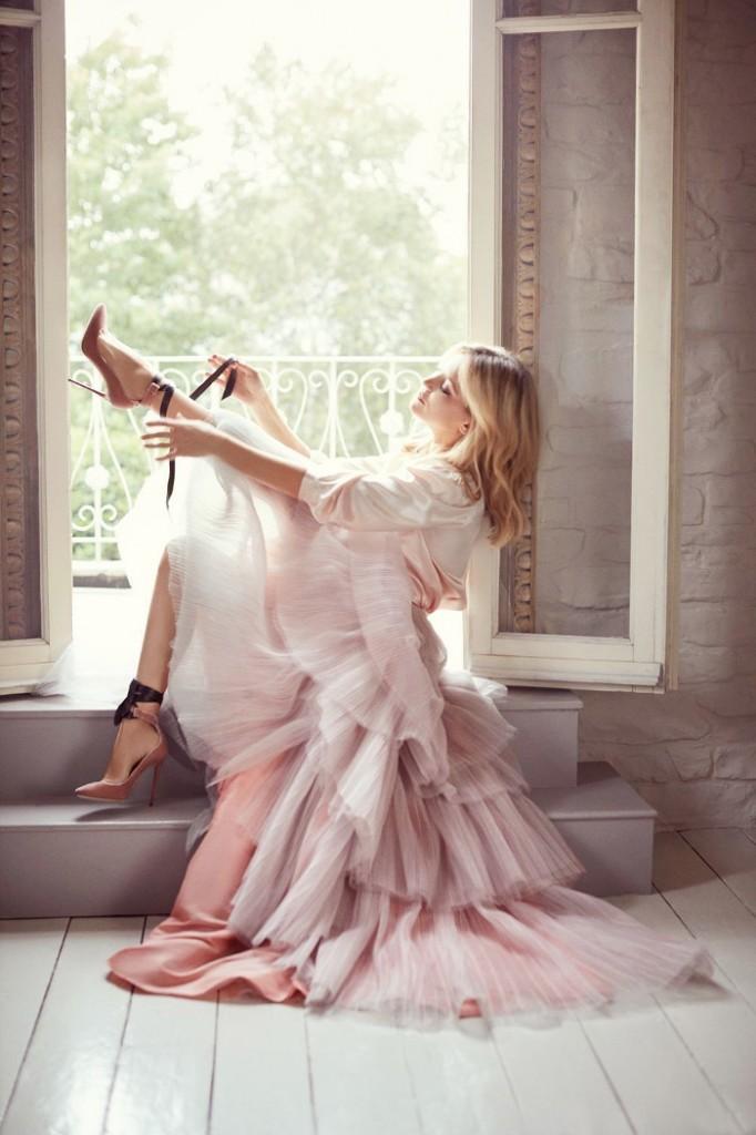 kate-hudson-in-jimmy-choo-heels