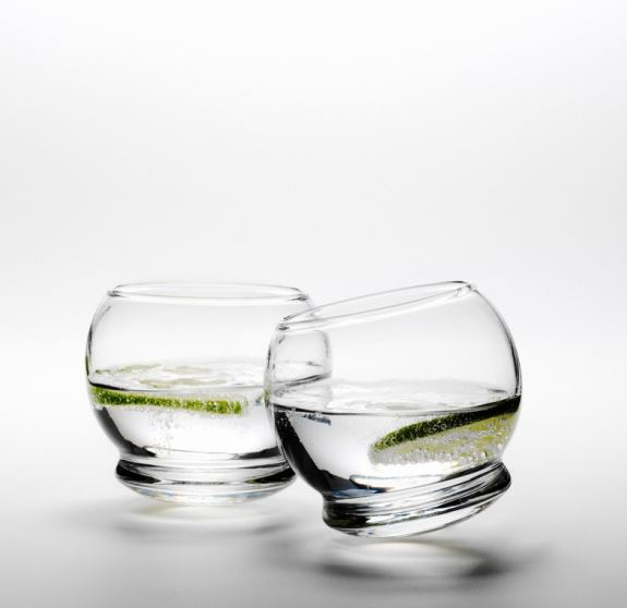Szklanki Rocking Glass, Pufa Design