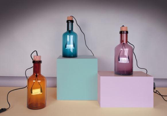 Lampy neonowe Bouche w różnych kolorach, Pufa Design
