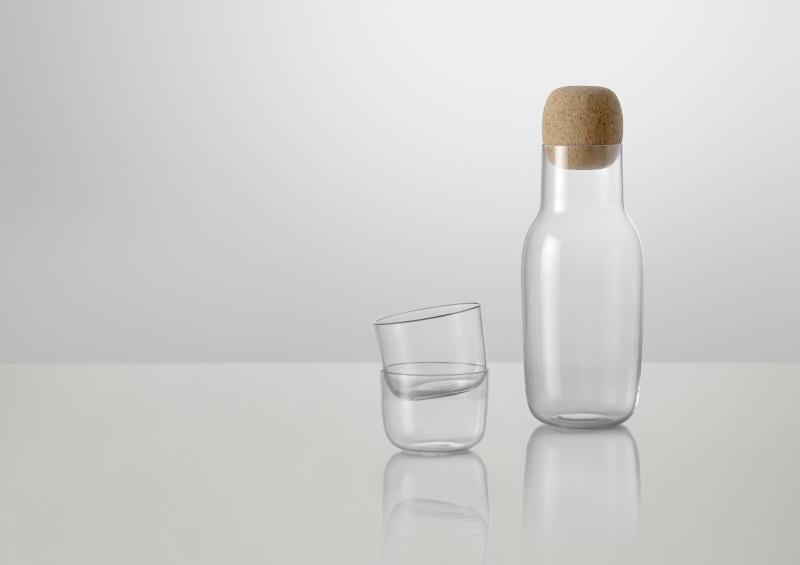 Karafka i szklanki Corky, Muuto, do kupienia w Puf Design