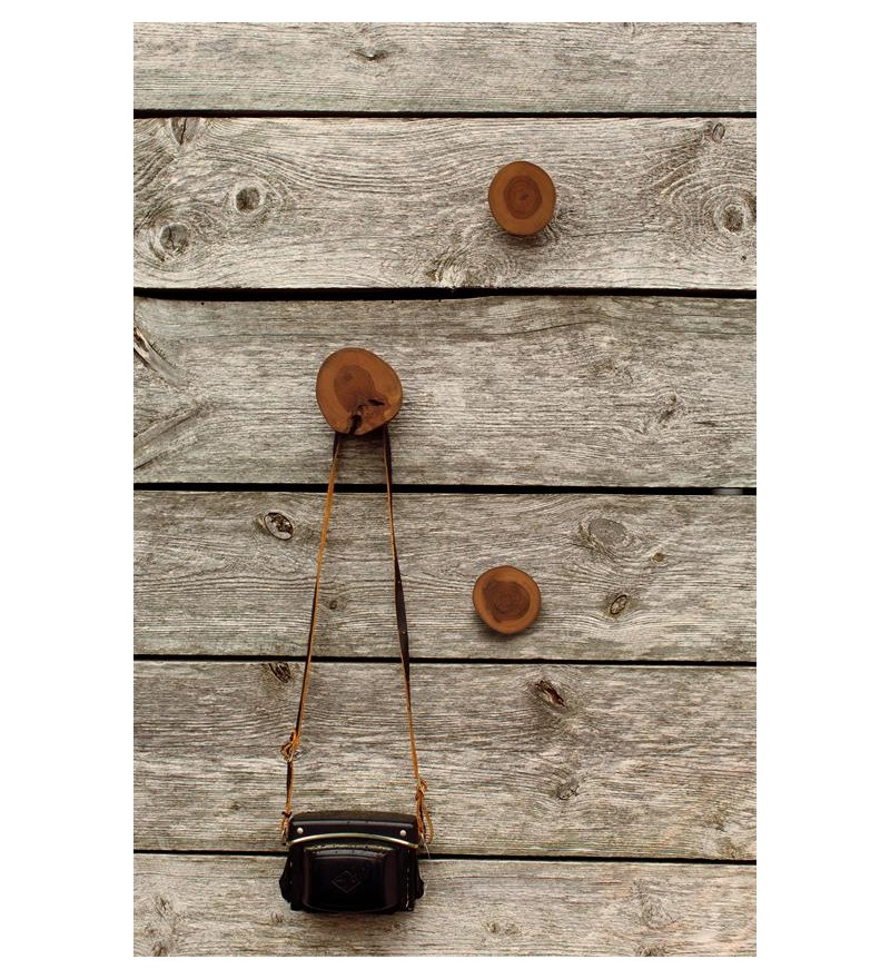 Drewniany wieszak Storebror w różnych rozmiarach, Pufa Design