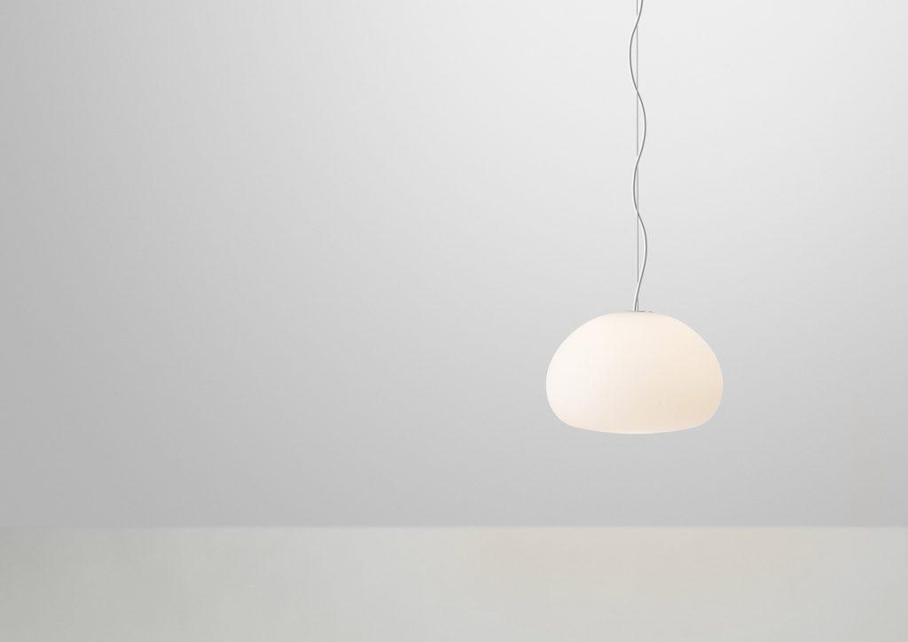 Lampa Fluid S z matowego, satynowego szkła, Muuto, Pufa Design