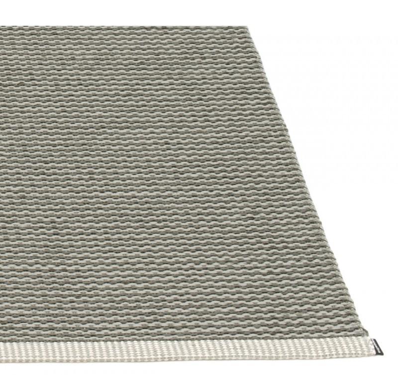 Dywan MONO Pappelina - charcoal / warm grey, Pufa Design