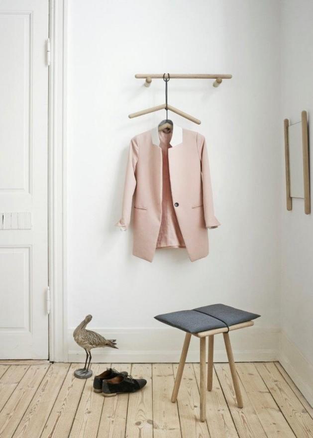 Wieszak do ubrań, wieszak ścienny 60 cm oraz stołek dębowy Georg Skagerak, Pufa Design