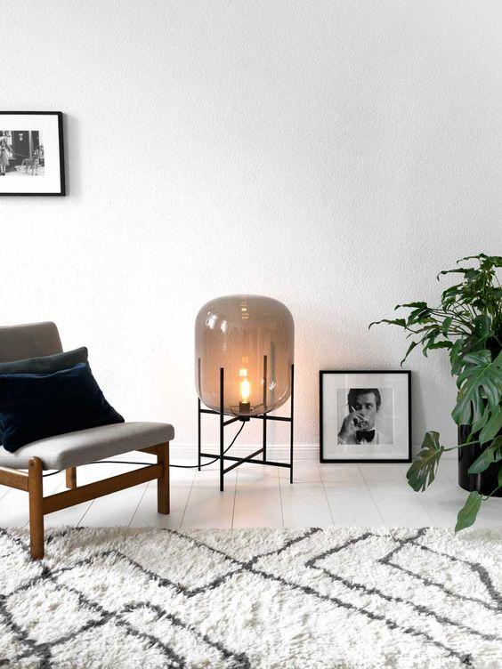 Lampa podłogowa Oda, w 3 (S,M,L) rozmiarach - niska i wysoka, Pulpo, fot. Ilenia Martini