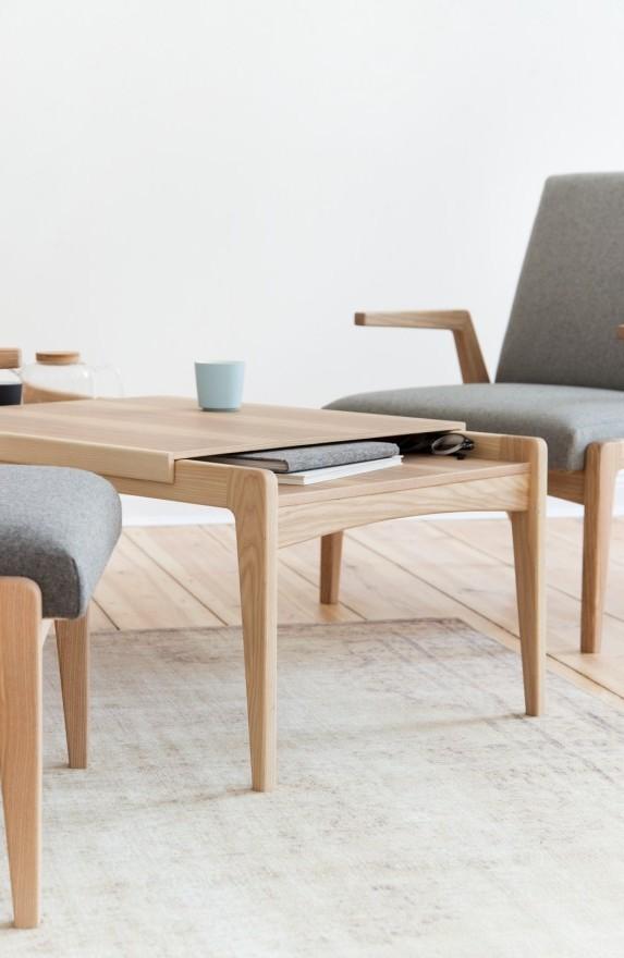 Stolik kawowy R-1378 to minimalistyczna i multifunkcyjna konstrukcja, która tworzy razem z fotelem wysokiej klasy zestaw, Pufa Design