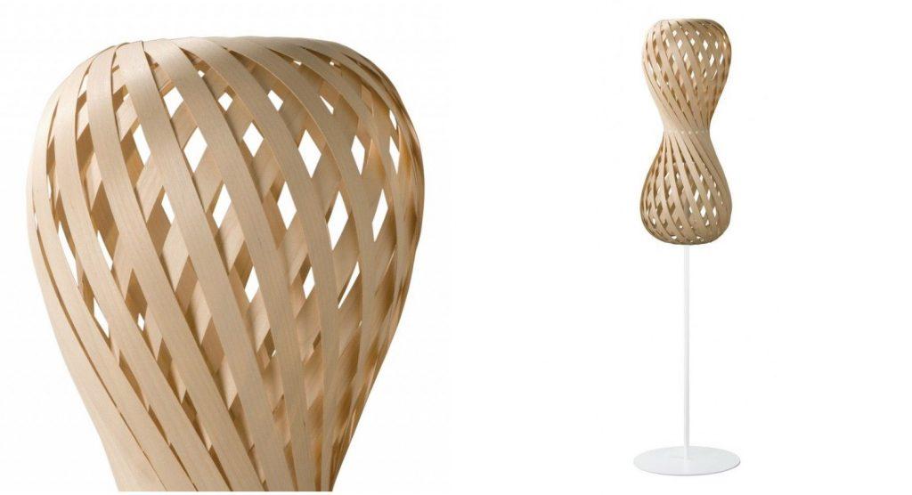 Lampa podłogowa Swing, orzech lub klon, Dreizehngrad, Pufa Design