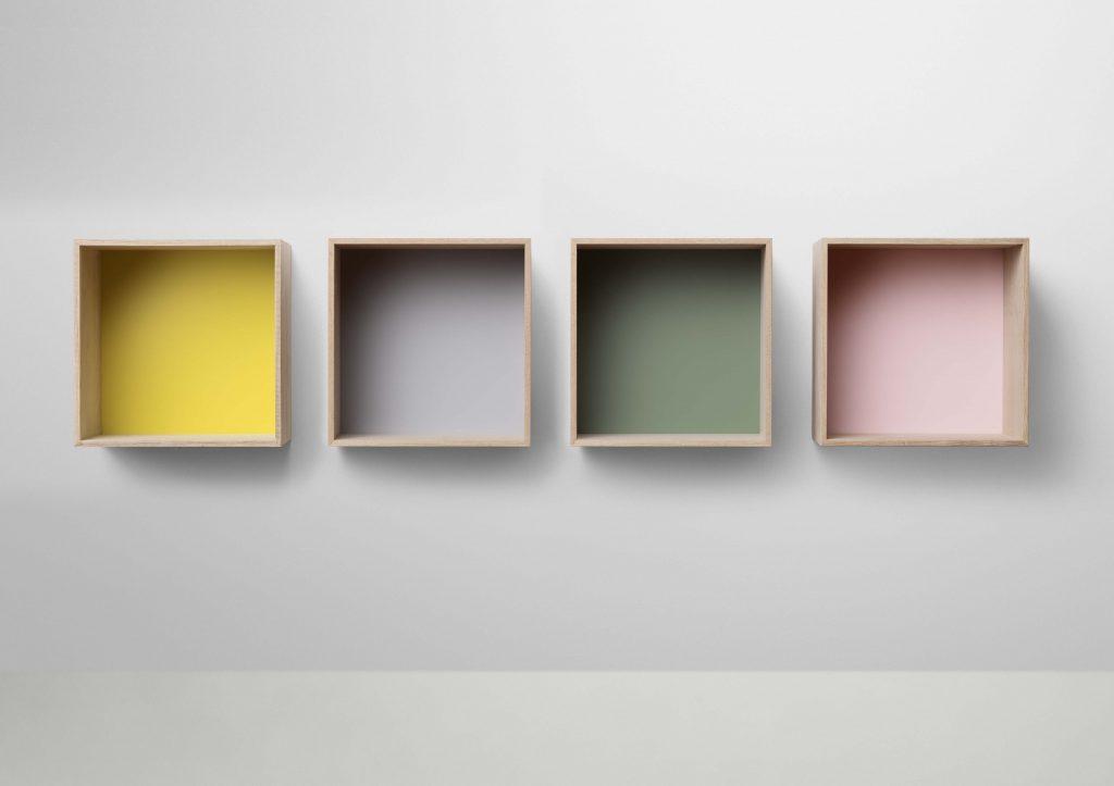 Moduły regału Stacked zamknięte z pastelowymi pleckami, Pufa Design