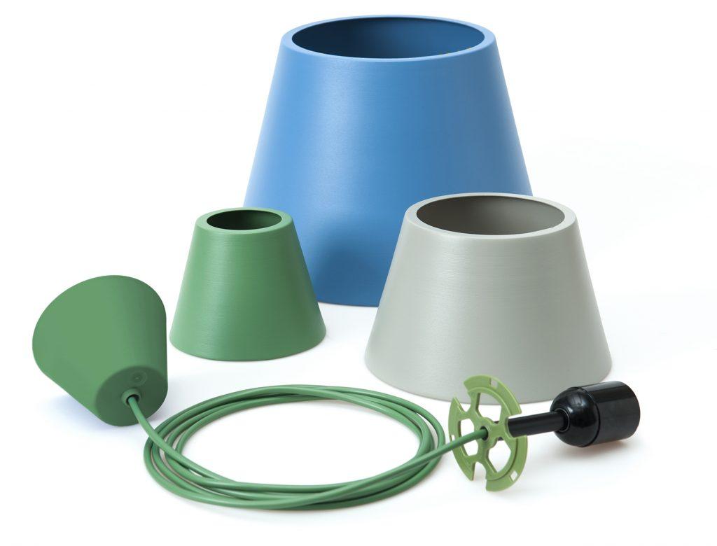 Wielozadaniowe lampy z serii Ili-Ili są pretekstem do genialnej zabawy światłem, Pufa Design