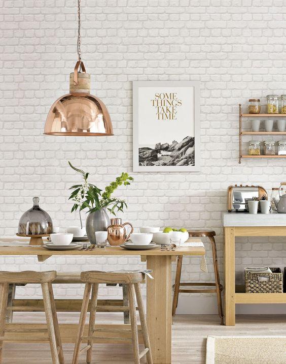 Miedziane dodatki do kuchni wyglądają wyjątkowo i stylowo, fot.theROOMedit