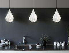 Alva w kuchennym aranżu, Pufa Design