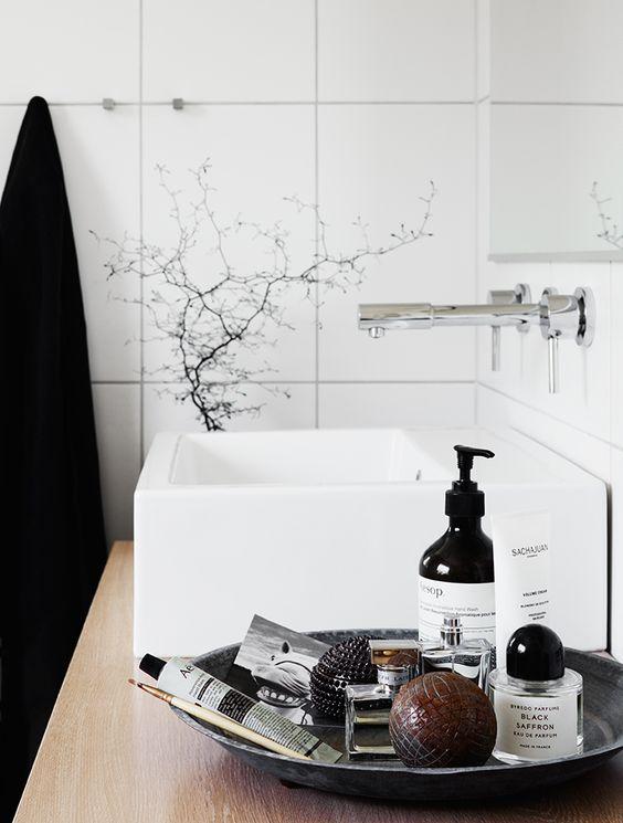 Łazienka, kuchnia, salon? inspiracja na aranżacje tacy fot. Coco Lapine Design