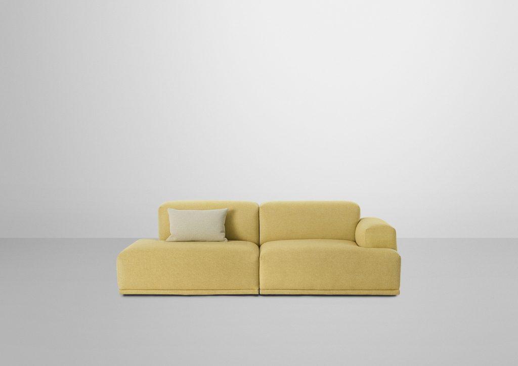 Słoneczna i kompaktowa. Sofa Connect złożona z 2 modułów, Muuto, Pufa Design