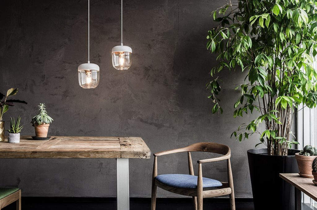 2106_Acorn_white_polished_copper_white_cord_botanical_environment