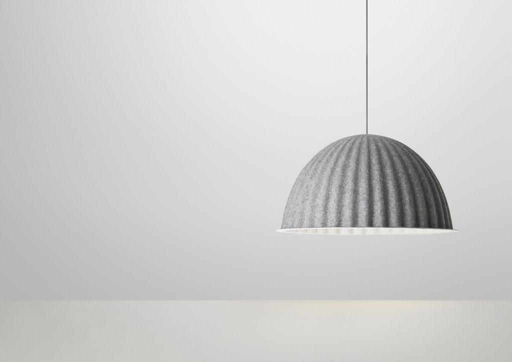 Lampa Under The Bell w szarym kolorze, Muuto, Pufa Design