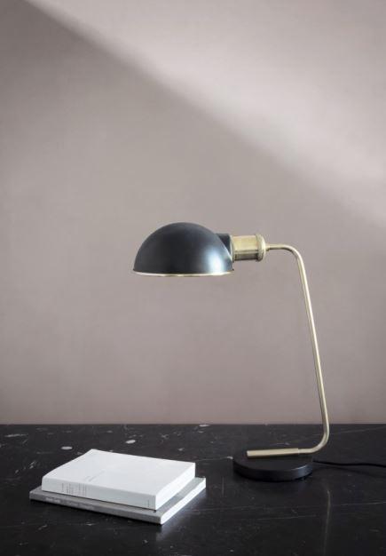 Lampa stołowa z serii Tribeca, Collister, Menu, Pufa Design