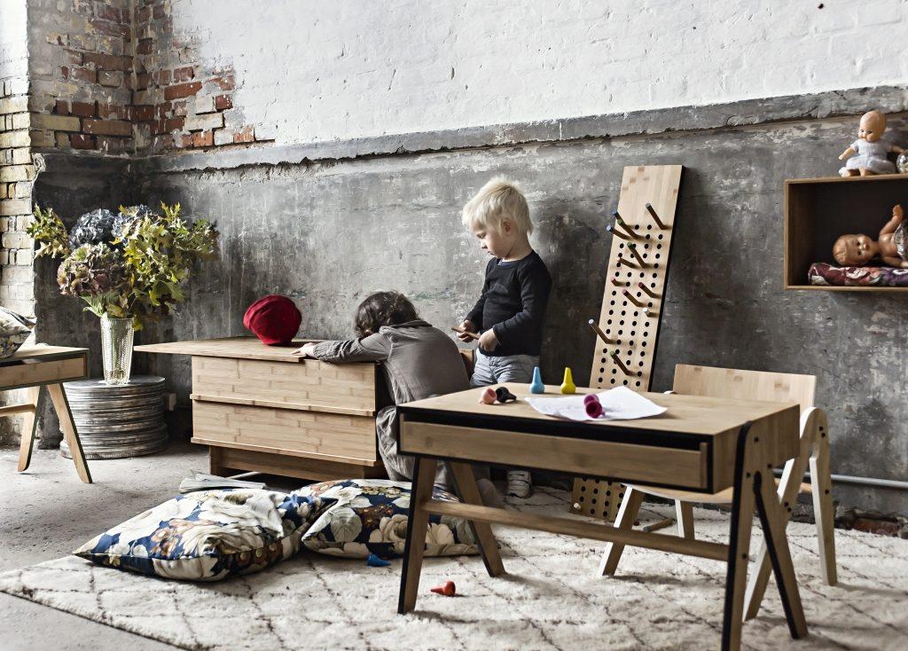 Dziecięcy pokój w stylu We Do Wood, Pufa Design