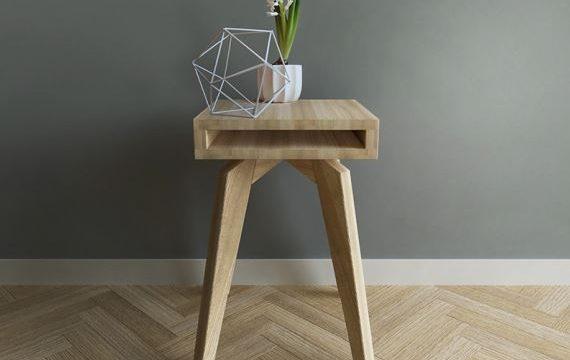 Wyższy od poprzednika, zgrabny stolik nocny ze wschowkiem na książkę YETI, Iwona Kosicka Design w Pufa Design