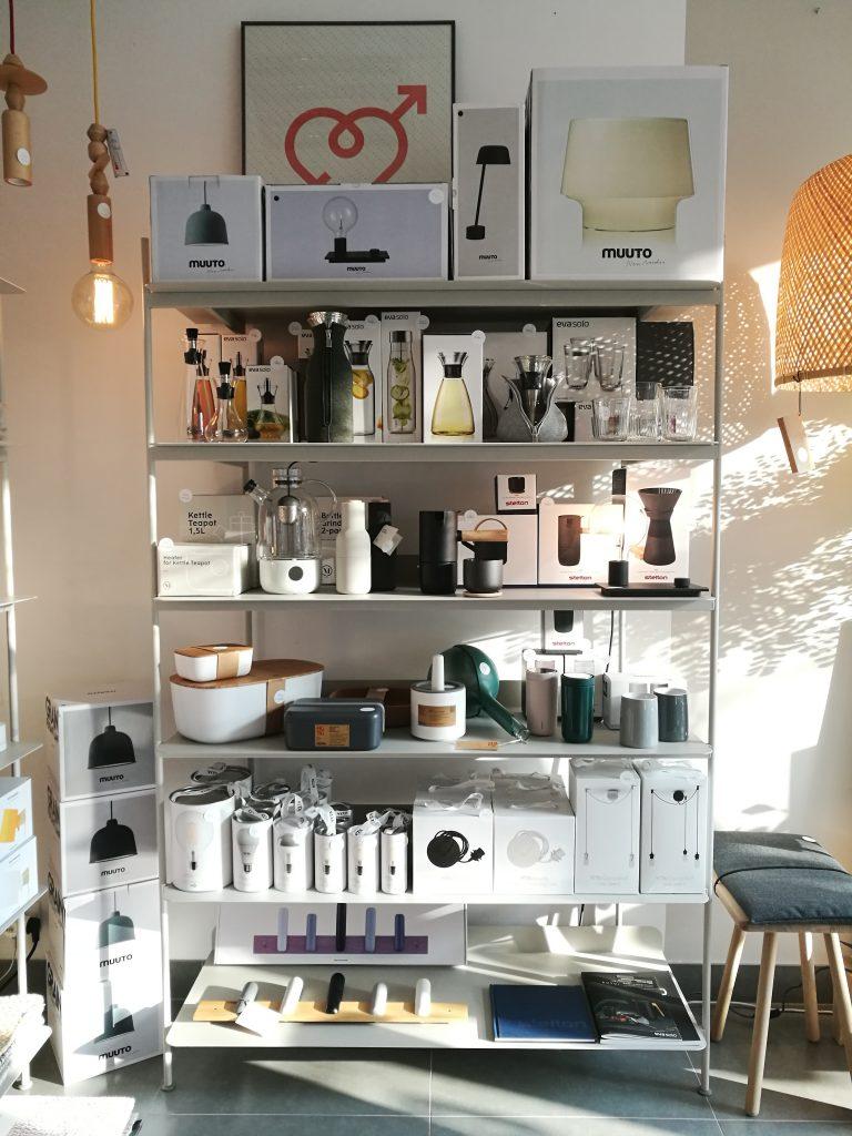 Karafki na wodę, dzbanki do kawy, termosy, dodatki do kuchni, prezenty Eva Solo, Menu, Stelton dostępne w Kołobrzegu w Showroomie Pufa Design