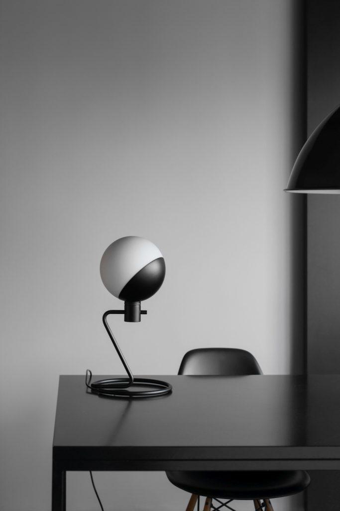 Baluna w wersji stołowej, dedykowana do sypialni, biura, Grupa Products, Pufa Design