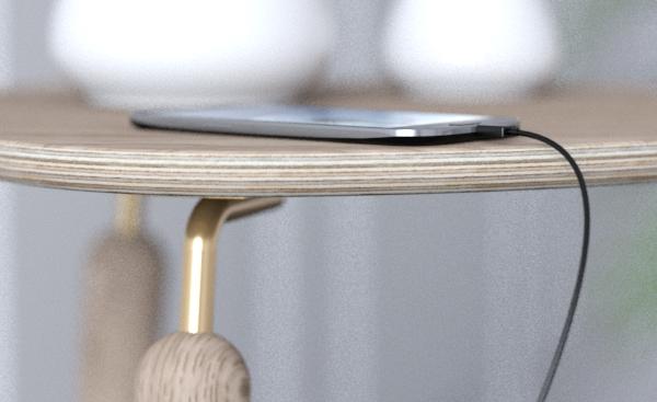 Laminowana sklejka fornirowana, lite drewno dębowe, stolik My Spot z rozdzielaczem USB, Pufa Design