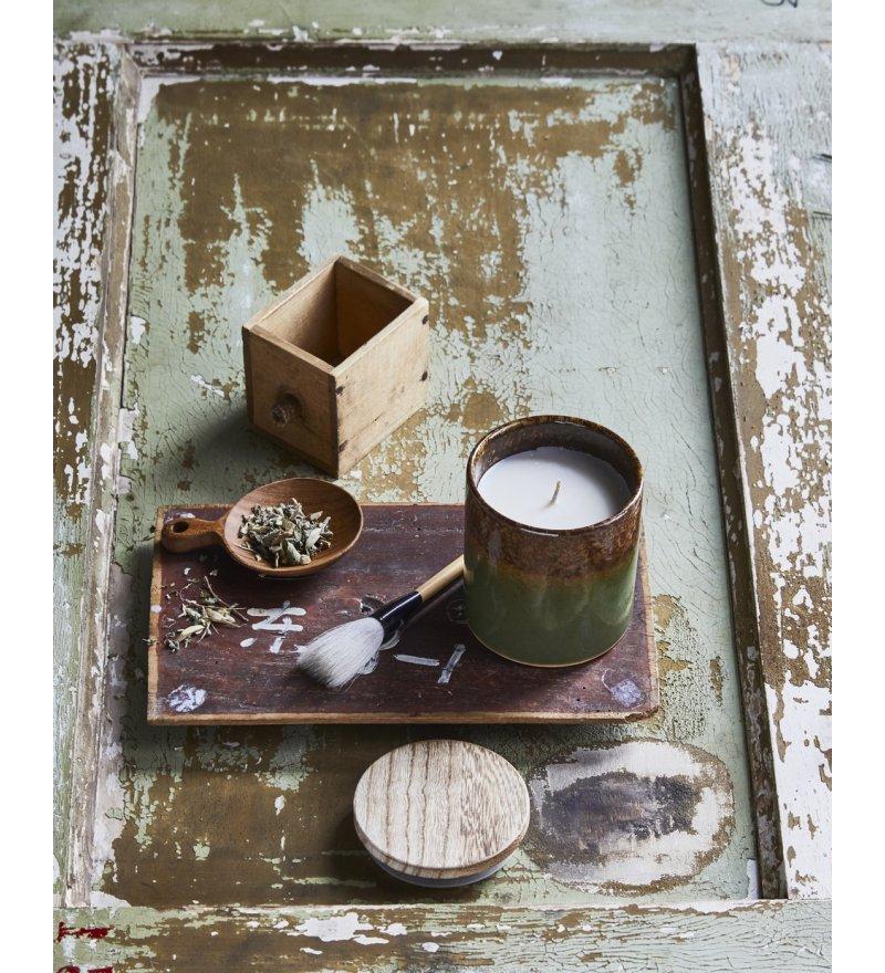 Soczysta i świeża, świeca o zapachu trawy cytrynowej, HK Living, Pufa Design
