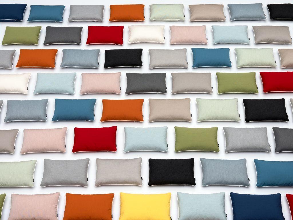 Poduszki do wnętrz i na zewnątrz, zawsze elastyczne, Pappelina, Pufa Design