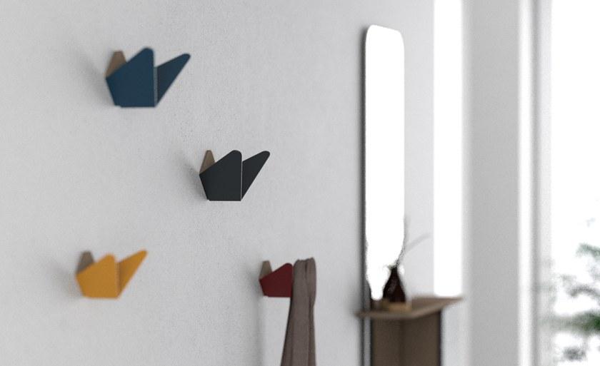 Wieszaki Butterflies dostępne w dwóch rozmiarach i sześciu kolorach, Pufa Design