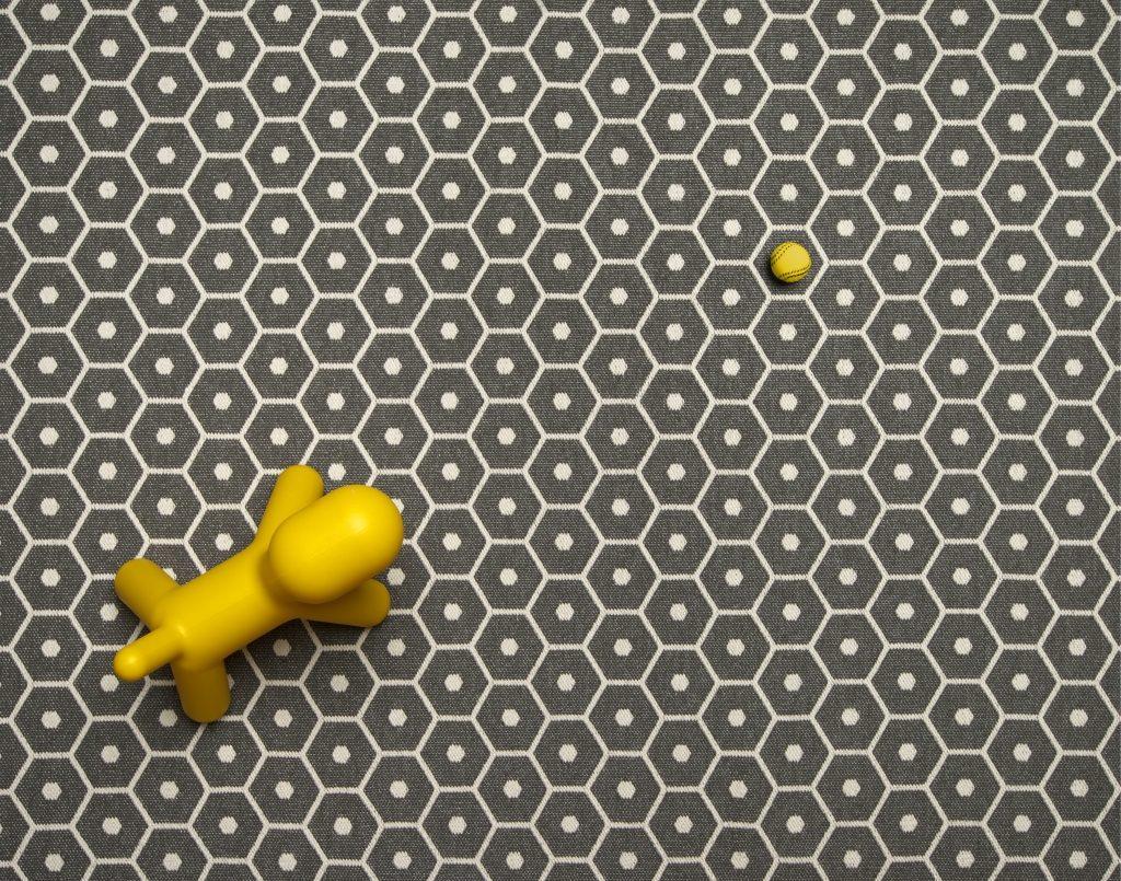 Dywan ze wstążki syntetycznej Honey Pappelina