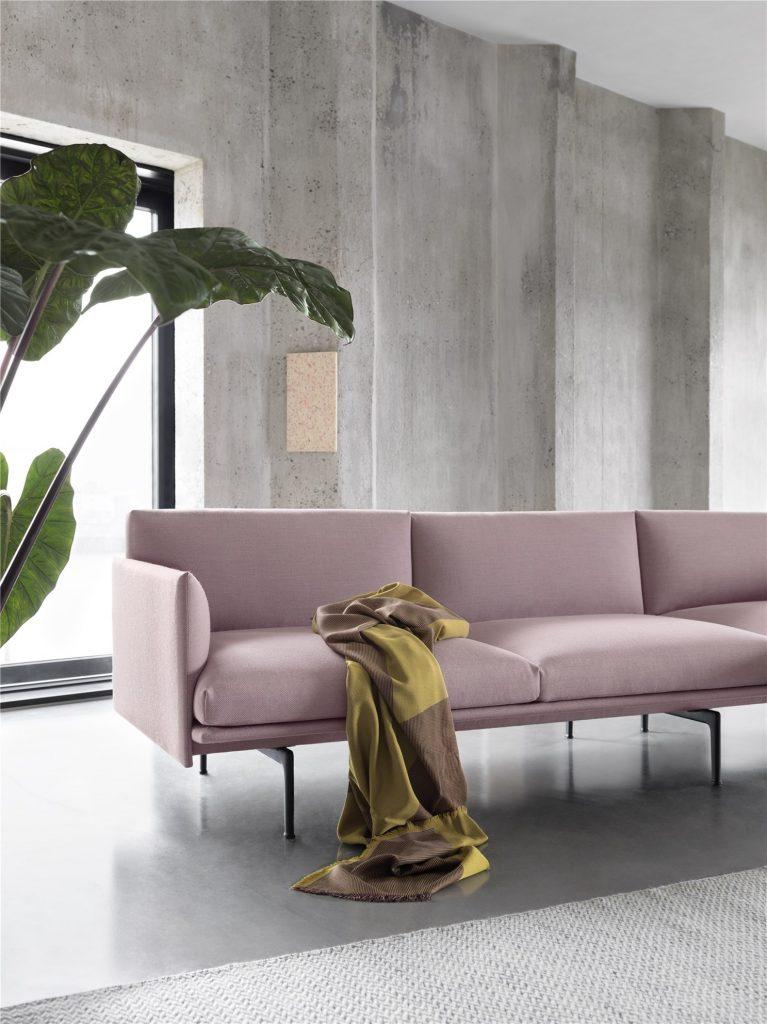 Sofa z serii Outline marki Muuto