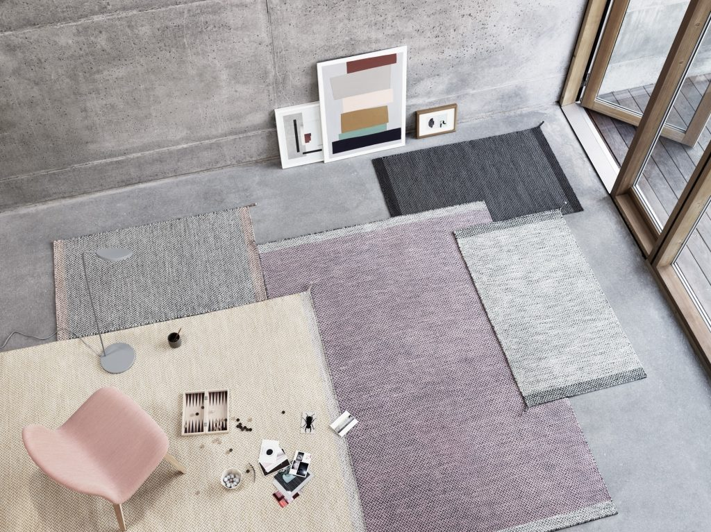 Kolekcja wełnianych plecionych dywanów Ply Muuto