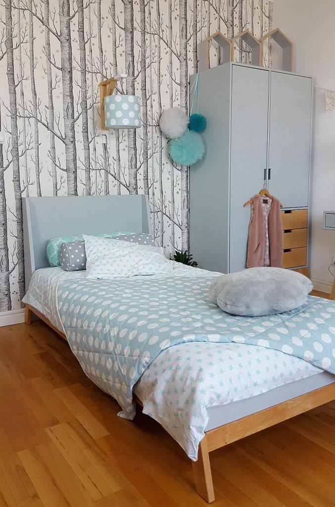 Pokój dla dziewczynki z meblami i dodatkami Young Deco