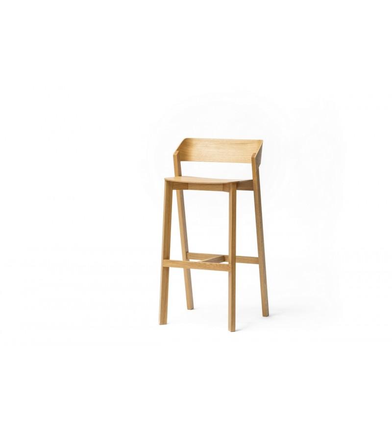 Krzesło barowe Merano stworzone przez TON.