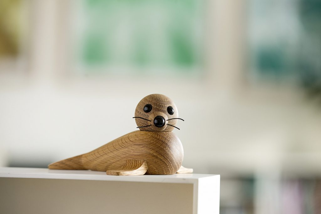 Foczka - drewniana figurka