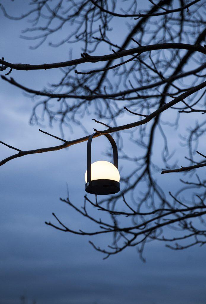 Lampa Carrie LED, Menu